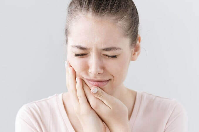 sensitive teeth treatment in Pune